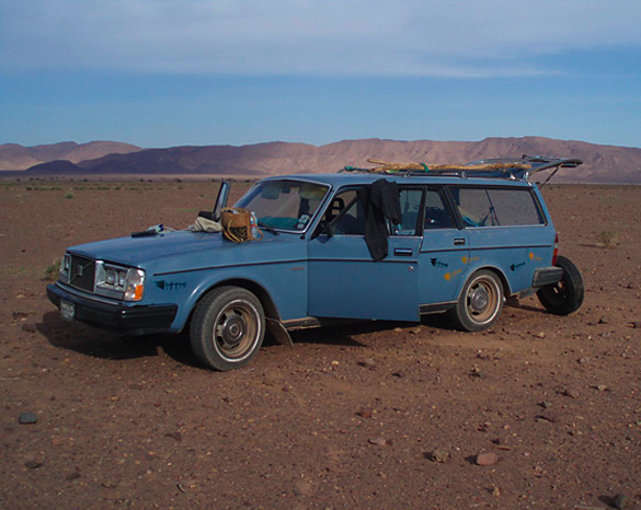 find me a shorty/with a volvo 240